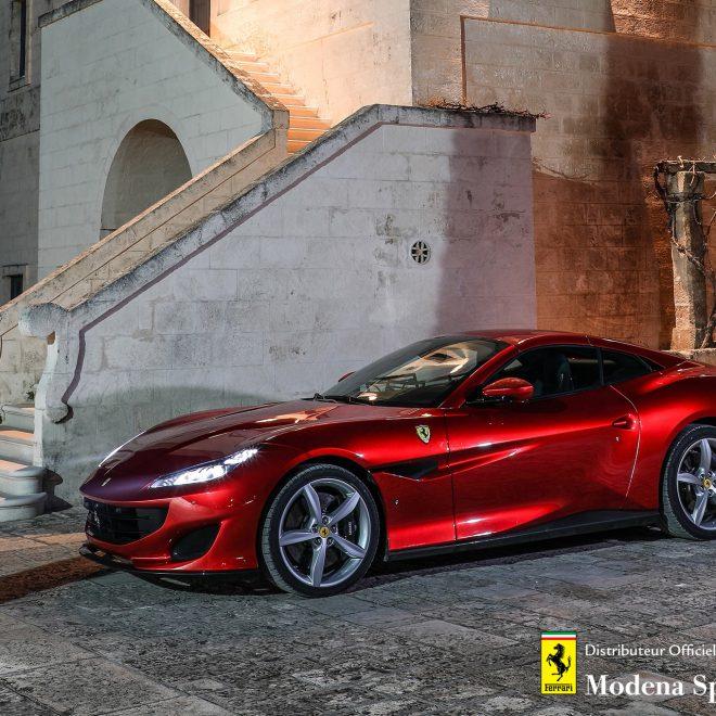 http://Ferrari-Portofino%20+%20logo